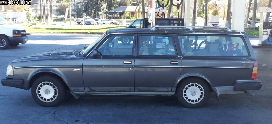Volvo  -- 1989 240 DL wagon