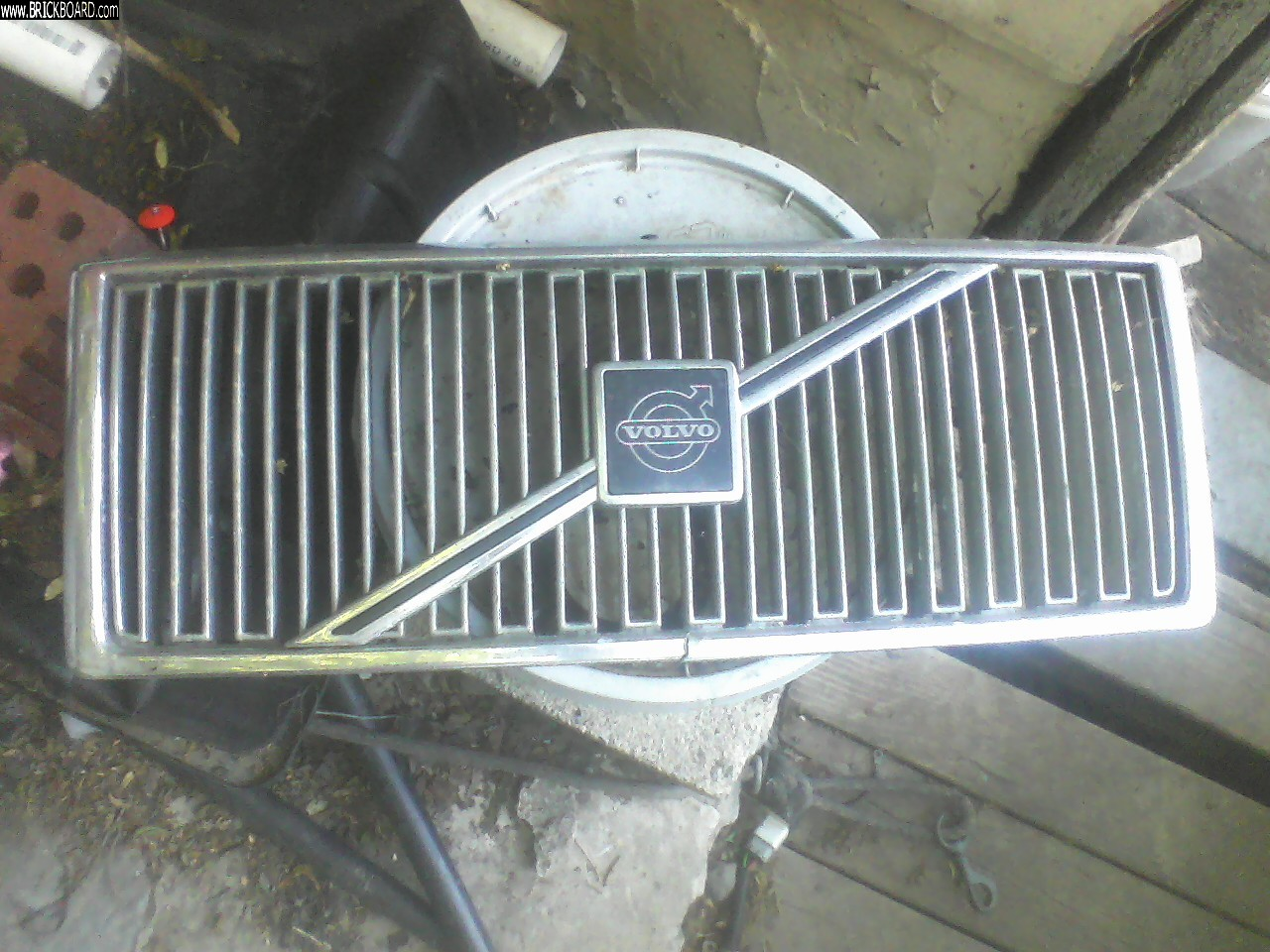 Volvo 700 -- volvo 760 grill available